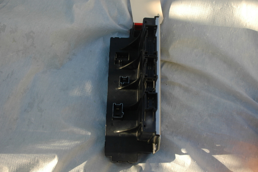 oem parts broker mercedes benz parts 2002 2007 oem mercedes benz sl front left fuse box sam module sl55 sl600 sl500 r230